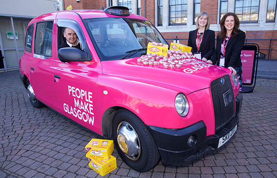 Glasgow Taxi parks up at International Confex