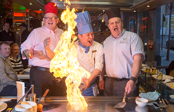 Teppan-yaldi! Glasgow Taxis drivers feel the heat at Sapporo tasting